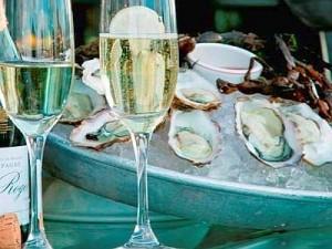 Ostriche-e-champagne-foto-tratta-dal-web-300x225