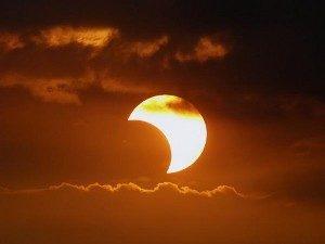eclissi-solare-500x375
