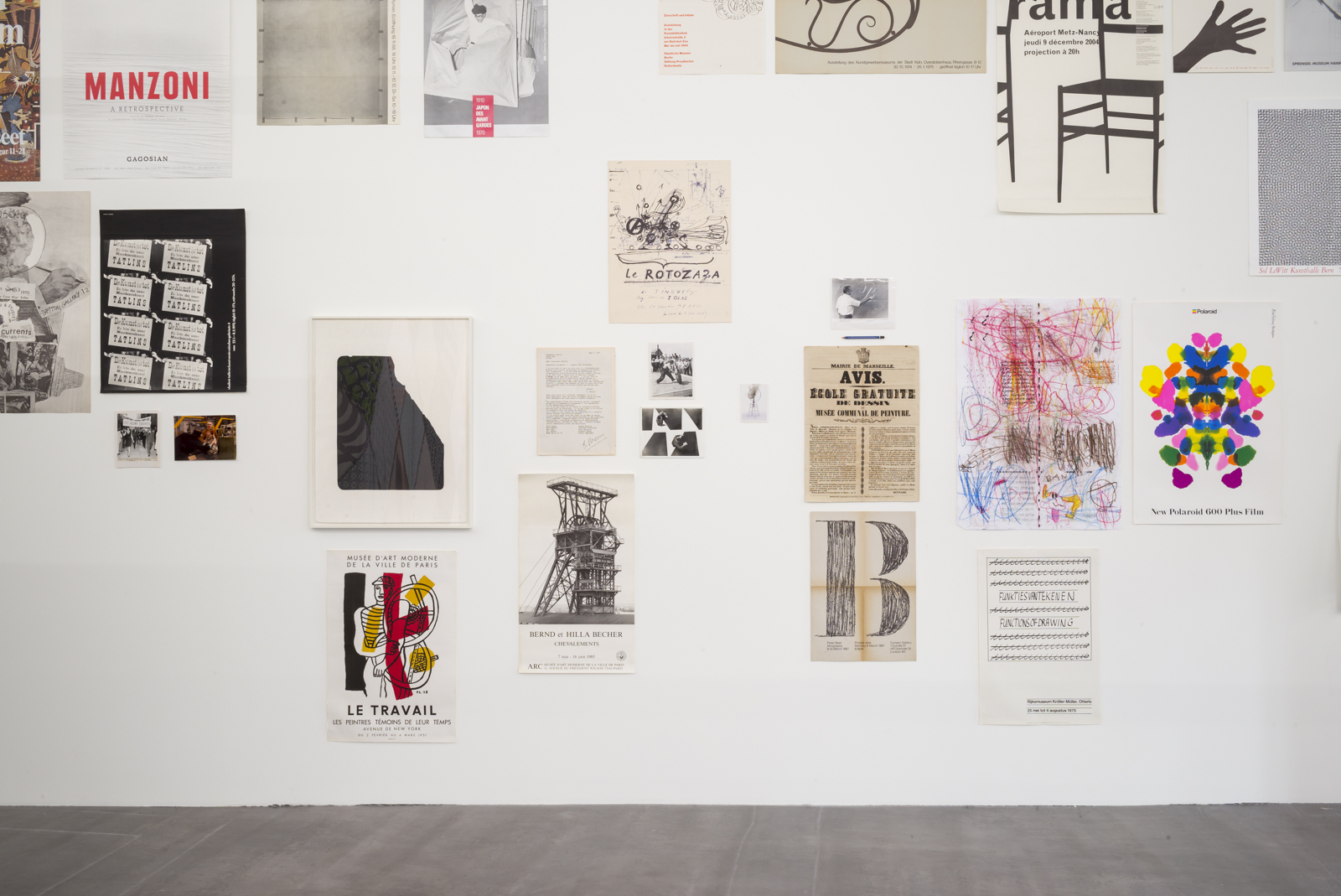Pierre Leguillon Il museo degli errori: arte contemporanea e lotta di classe